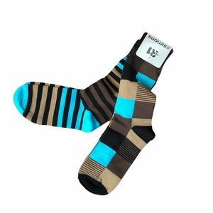 Final Price NWT 2 Pairs of Men's Dress Socks